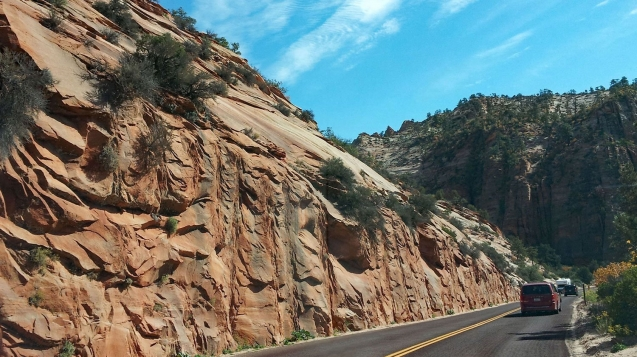 Winding road trip through Zion National Park
