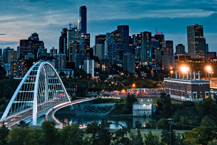Romantic weekend near Calgary, Edmonton city skyline