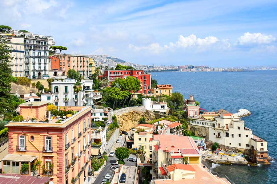 Virtual tour of Naples, city in Italy