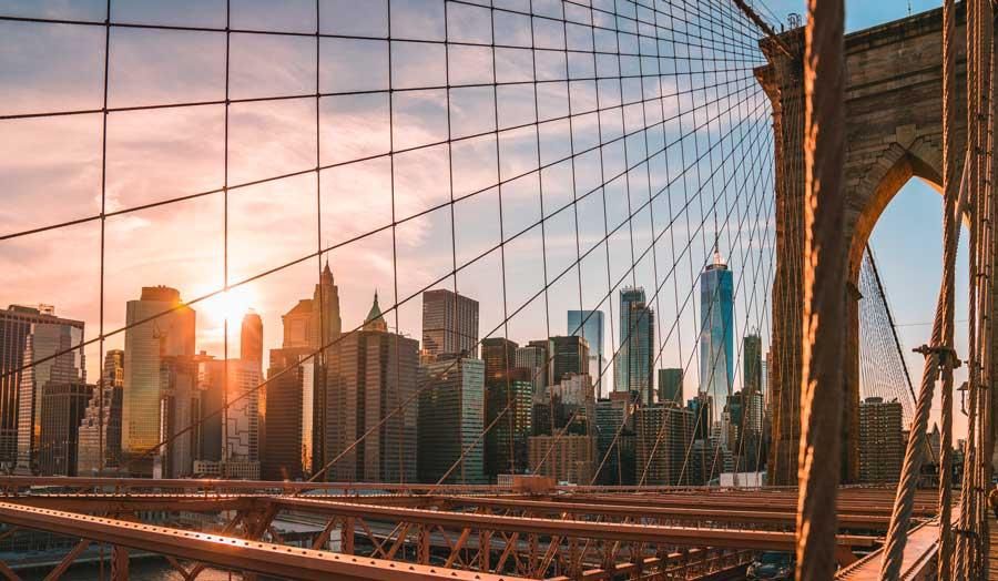 Virtual tour of NYC, Brooklyn Bridge in New York City