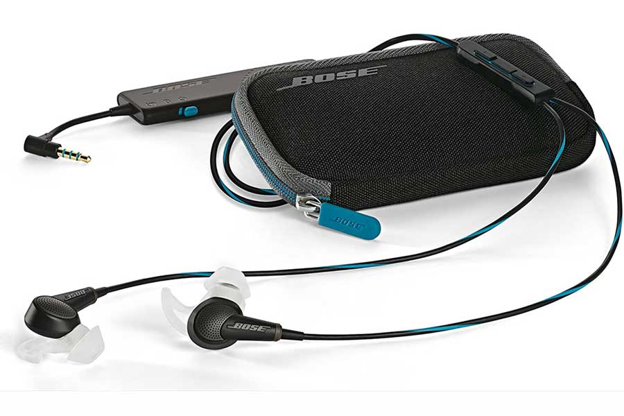 Bose noise-canceling earbuds, best business travel gifts for him