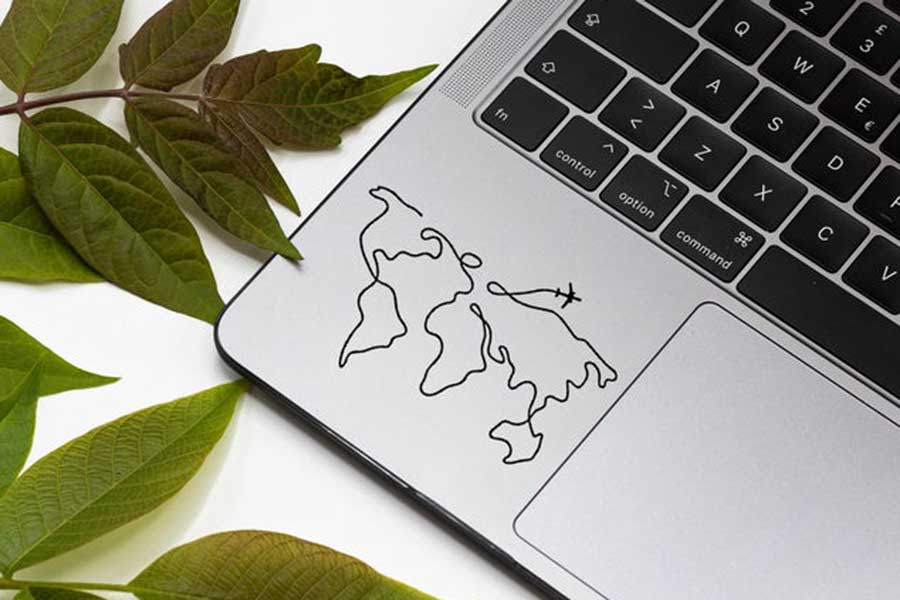 Map decal, Etsy House of Lumber, Gifts for travel lovers