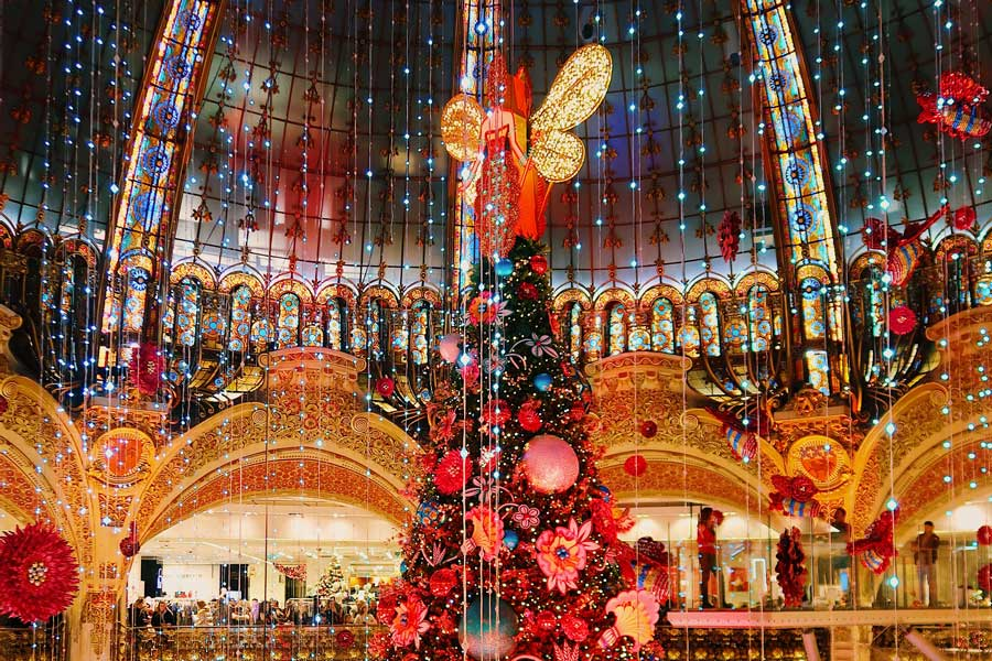 Paris Christmas vacation ideas for couples in Europe