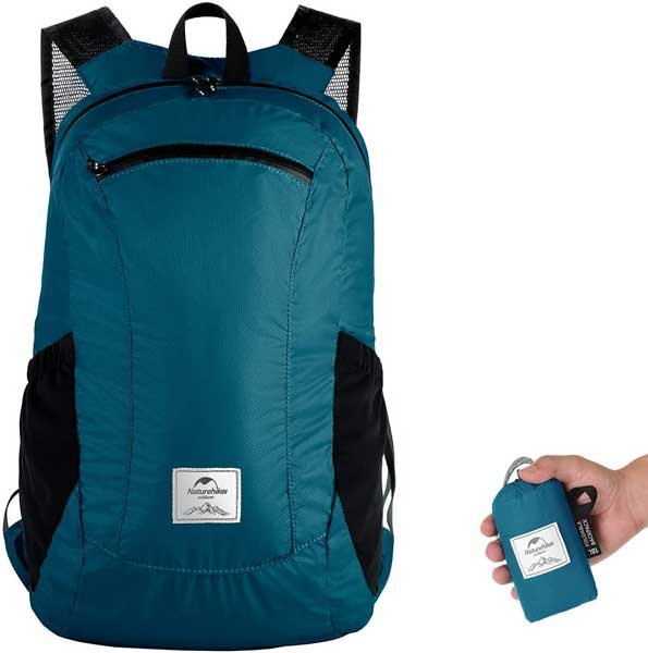 Day hiking pack, portable backpack for day hiking