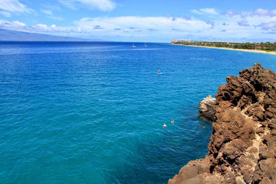 Black Rock at Kaanapali Maui Hawaii, areas to stay in Maui