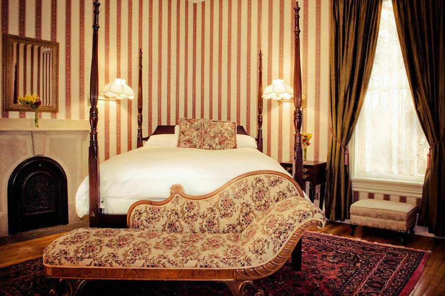 Romantic getaways in Eastern Canada, best hotels in Nova Scotia, Atlantic Canada, Queen Anne Inn