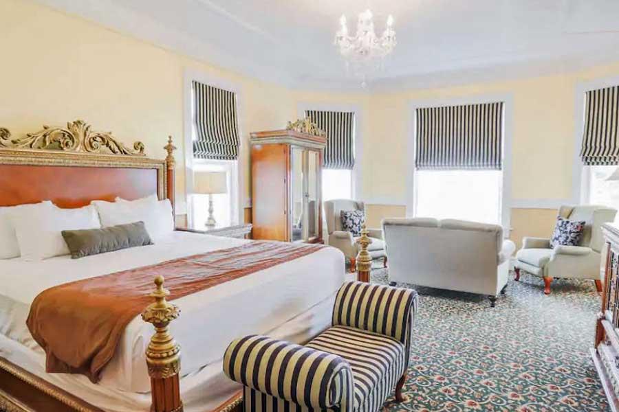 Romantic getaways in Eastern Canada, best hotels in Prince Edward Island, Atlantic Canada, Dalvay by the Sea Inn