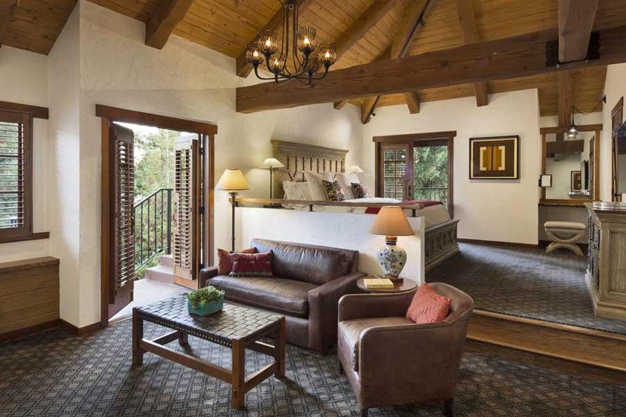 Hotels for romantic getaways California USA, romantic weekend getaways United States, Napa Valley California, Rancho Caymus Inn