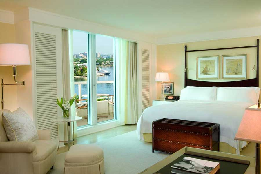 Ritz-Carlton Fort Lauderdale, Hotels for romantic getaways to Florida USA, romantic weekend getaways United States, Fort Lauderdale Florida, Ritz Carlton Hotel