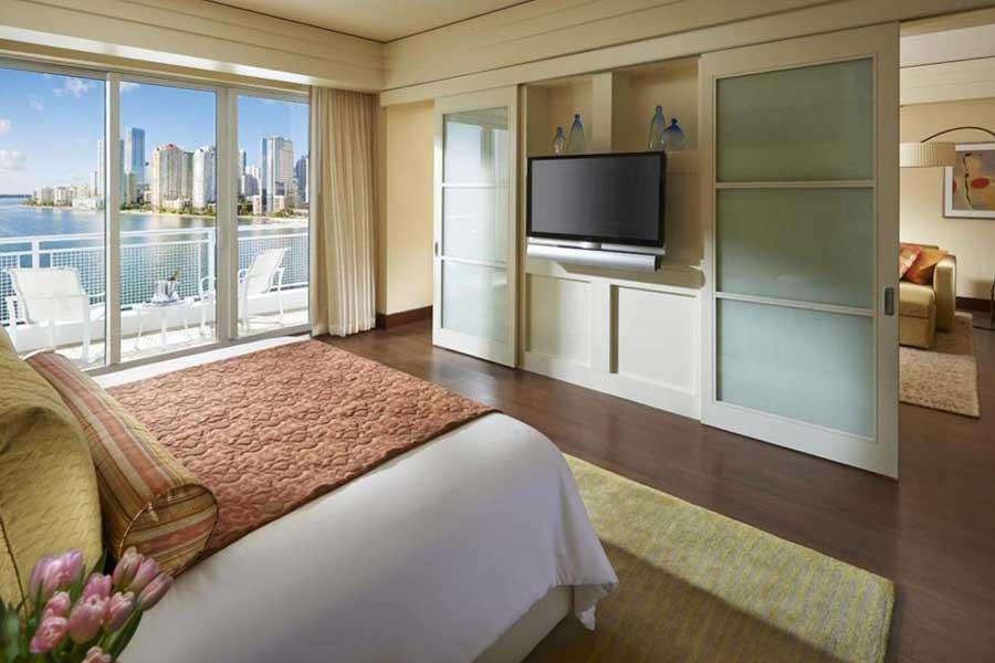 Hotels for romantic getaways Florida USA, romantic weekend getaways United States, Miami Florida, Mandarin Oriental Hotel