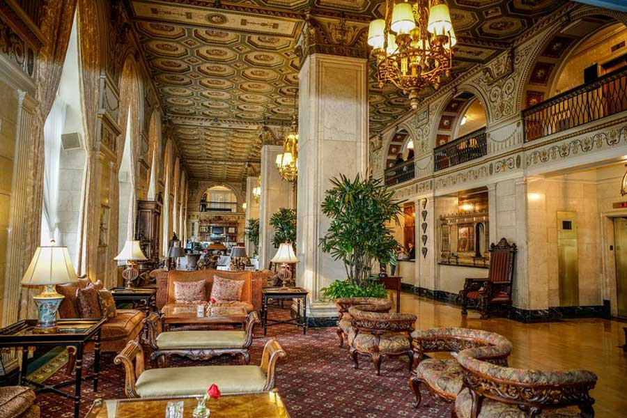 Hotels for romantic getaways Kentucky USA, romantic weekend getaways United States, Louisville, Brown Hotel