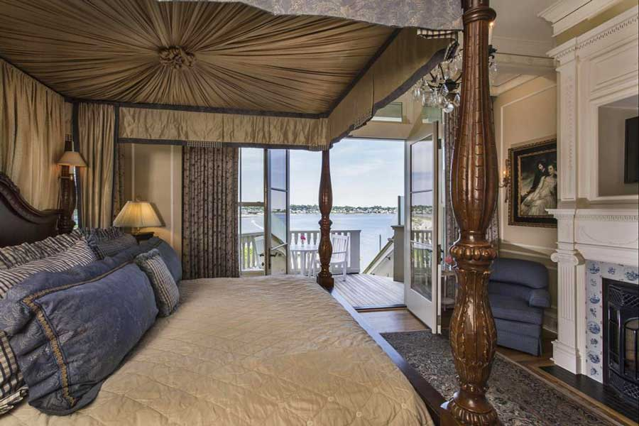 Hotels for romantic getaways Rhode Island USA, romantic weekend getaways United States, Newport, Chanler Cliff Walk