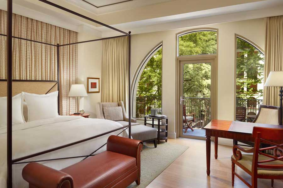 Hotels for romantic getaways Texas USA, romantic weekend getaways United States, San Antonio, Mokara Hotel