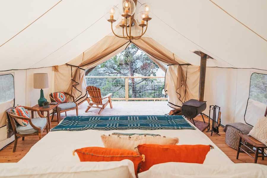 Hotels for romantic getaways Texas USA, romantic weekend getaways United States, Wimberley Texas, Collective Hill glamping