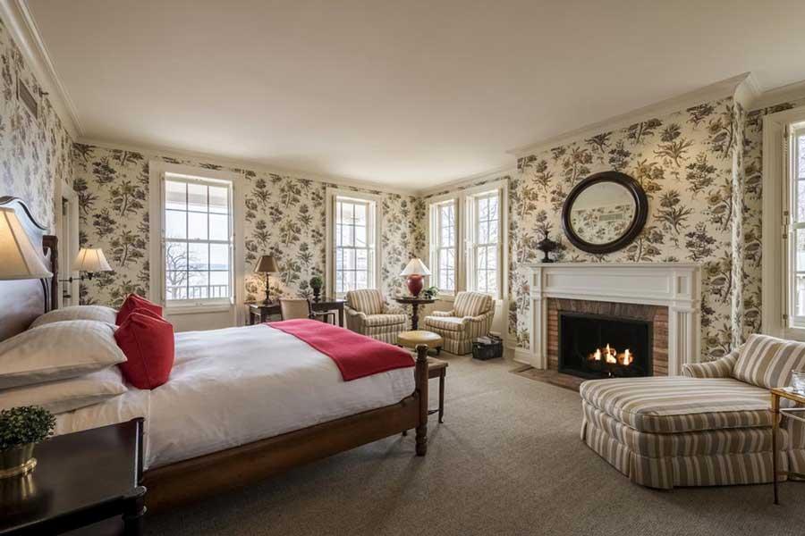 Hotels for romantic getaways Upstate NY USA, romantic weekend getaways United States, Aurora Inns