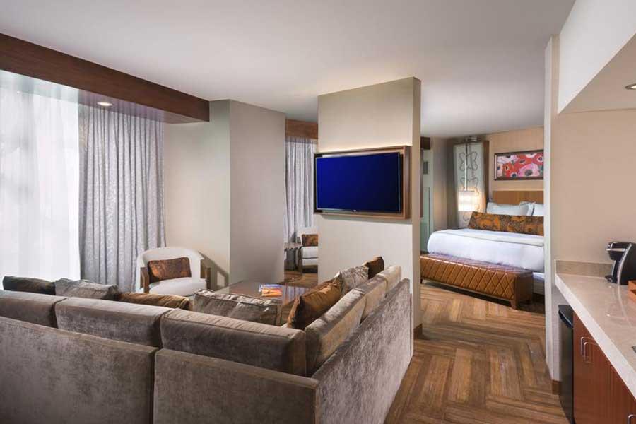 Hotels for romantic getaways Upstate NY USA, romantic weekend getaways United States, Waterloo, Del Lago Resort Casino