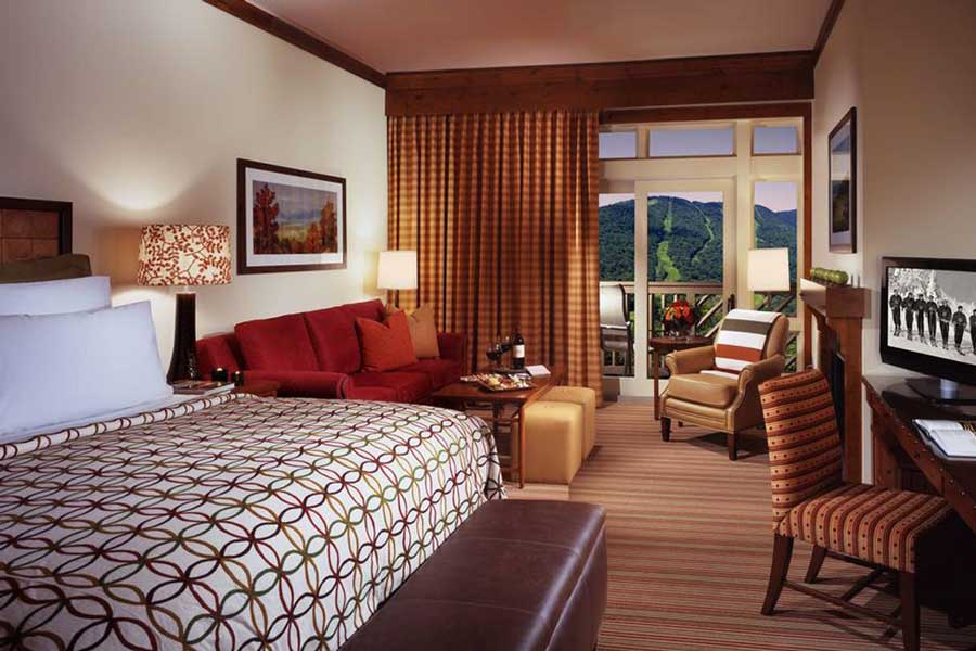 Hotels for romantic getaways Vermont USA, romantic weekend getaways United States, Stowe Lodge Spruce Peak