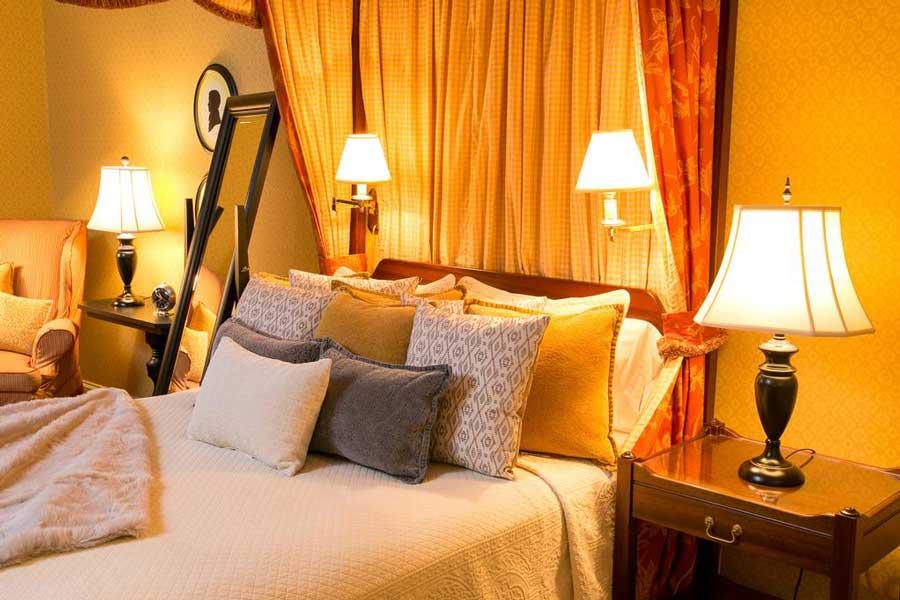 Hotels for romantic getaways Virginia USA, romantic weekend getaways United States, Boston, Berry Hill Inn