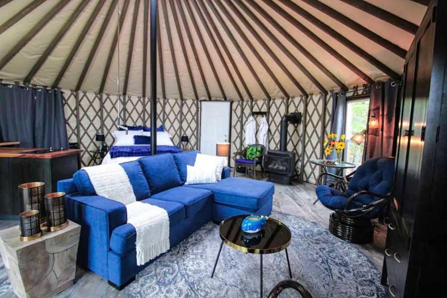 Cabins for romantic getaways in Ontario Canada, Northern Ontario getaways, glamping yurt Rossport