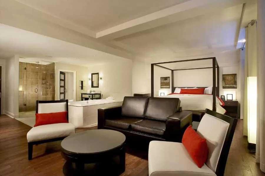 Hotels for romantic getaways in Ontario Canada, Niagara Falls Ontario, Sterling Inn Spa