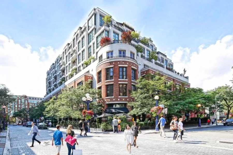 Hotels for romantic getaways in Toronto Ontario Canada, Hazelton Hotel
