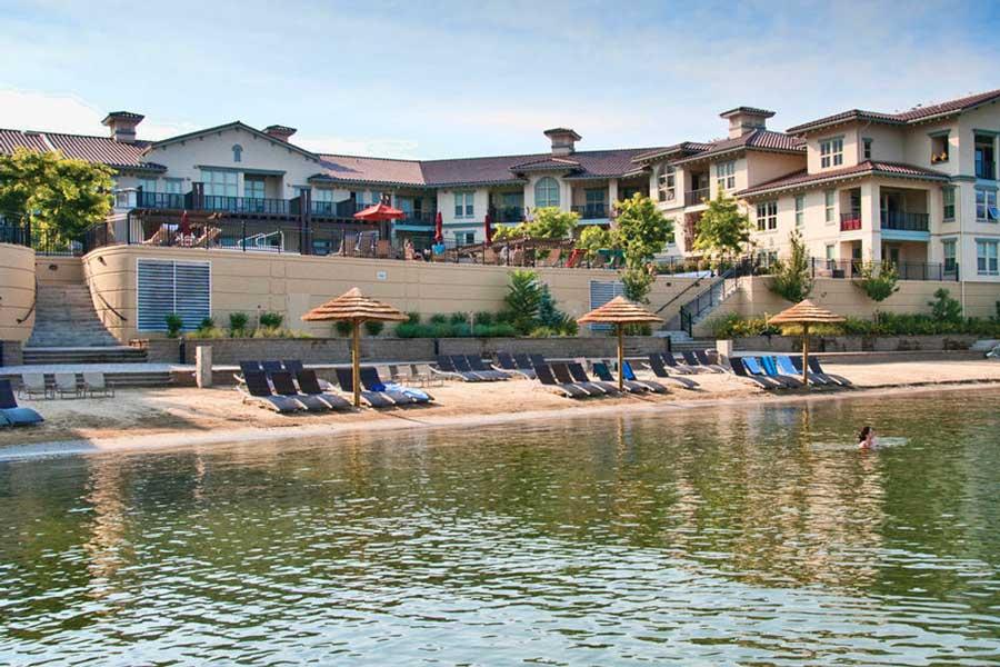 BC romantic getaways, BC Interior, resort spa getaways for couples in Canada, Okanagan Valley