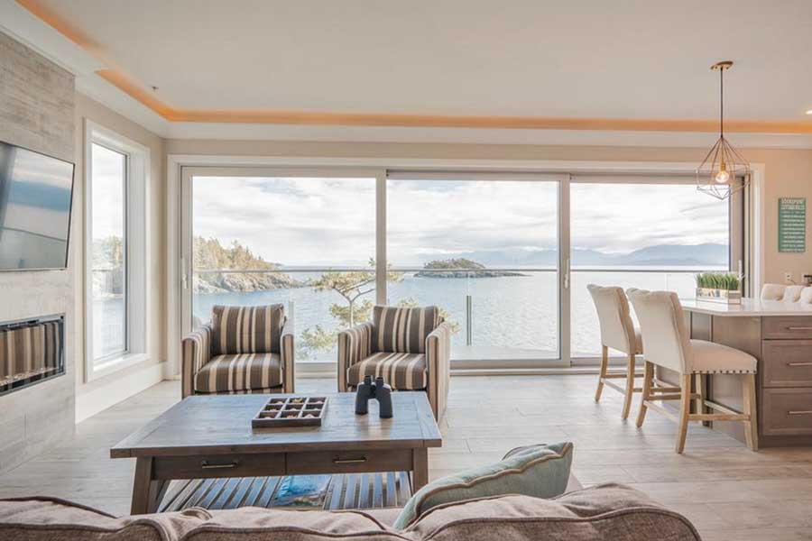 BC romantic getaways, romantic hotels near Victoria BC Canada, resort getaways for couples