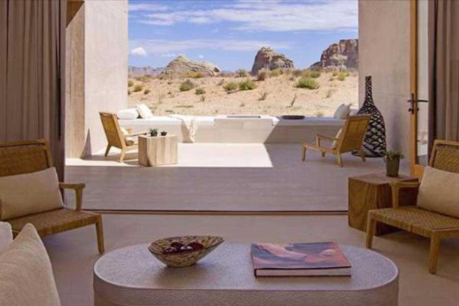 Romantic getaways in Utah USA, resort spa getaway for couples