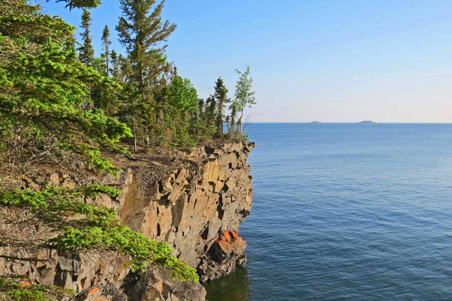 Sleeping Giant Provincial Park, Northern Ontario hikes, Toronto to Vancouver drive, cross-Canada road trip map and route ideas