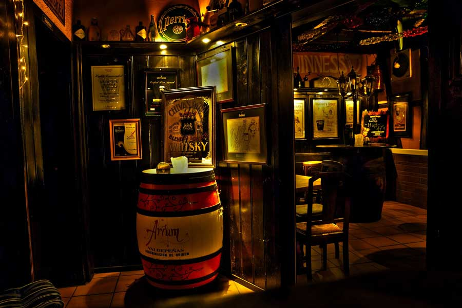 Pub in Ireland trips with dad, father son or daughter trip ideas