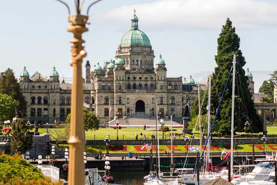 Victoria BC legislative building, best trips with mom Canada, places to go for mother daughter trips