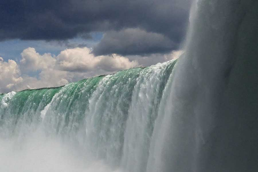 Niagara Falls, best trips with mom Canada, places to go for mother daughter trips