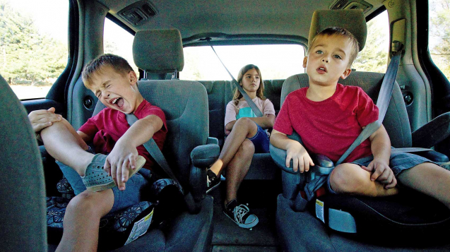 Best road trip games for young kids, free printables for family road trips