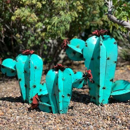 Garden art, outdoor decor items for travel lovers