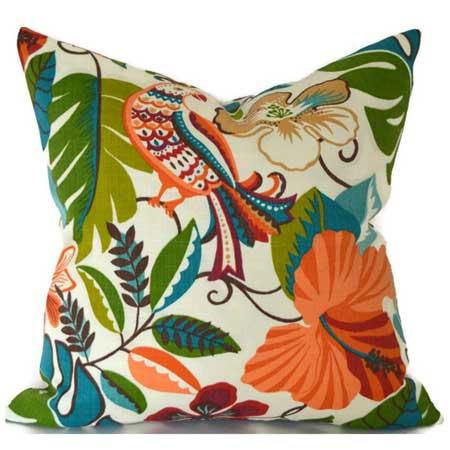 Outdoor patio cushions, backyard travel decor ideas