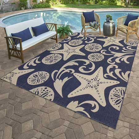Outdoor rugs, backyard travel decor ideas
