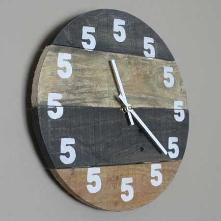 It's 5 o'clock somewhere clock cabin gift idea, cool things for cabins