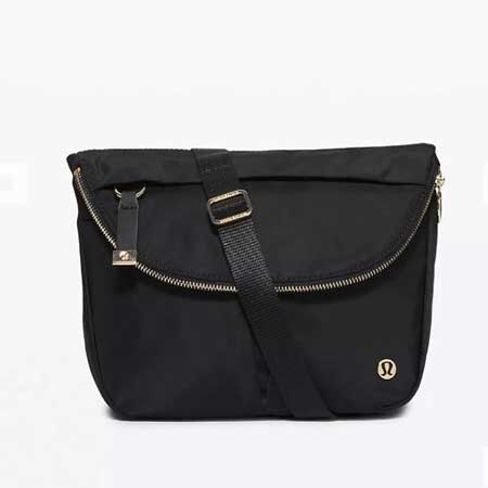 Crossbody bag for women, stylish travel accessories for women, Lululemon bags, travel bags
