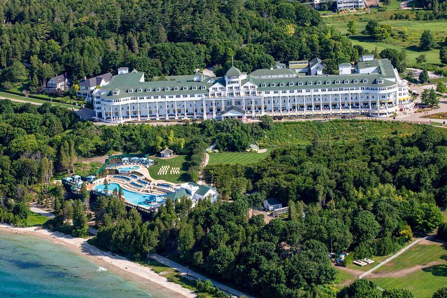 Grand Hotel, Mackinac Island romantic getaways in Michigan