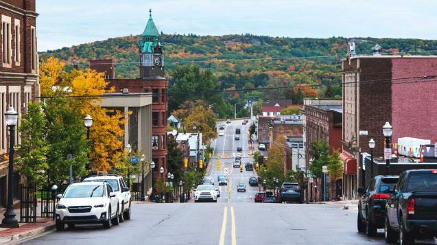 Romantic getaway in Michigan Marquette