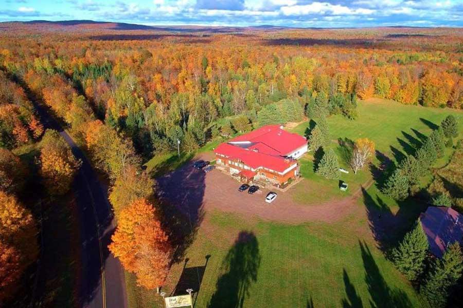 Black River Lodge, Michigan romantic getaways on Upper Peninsula